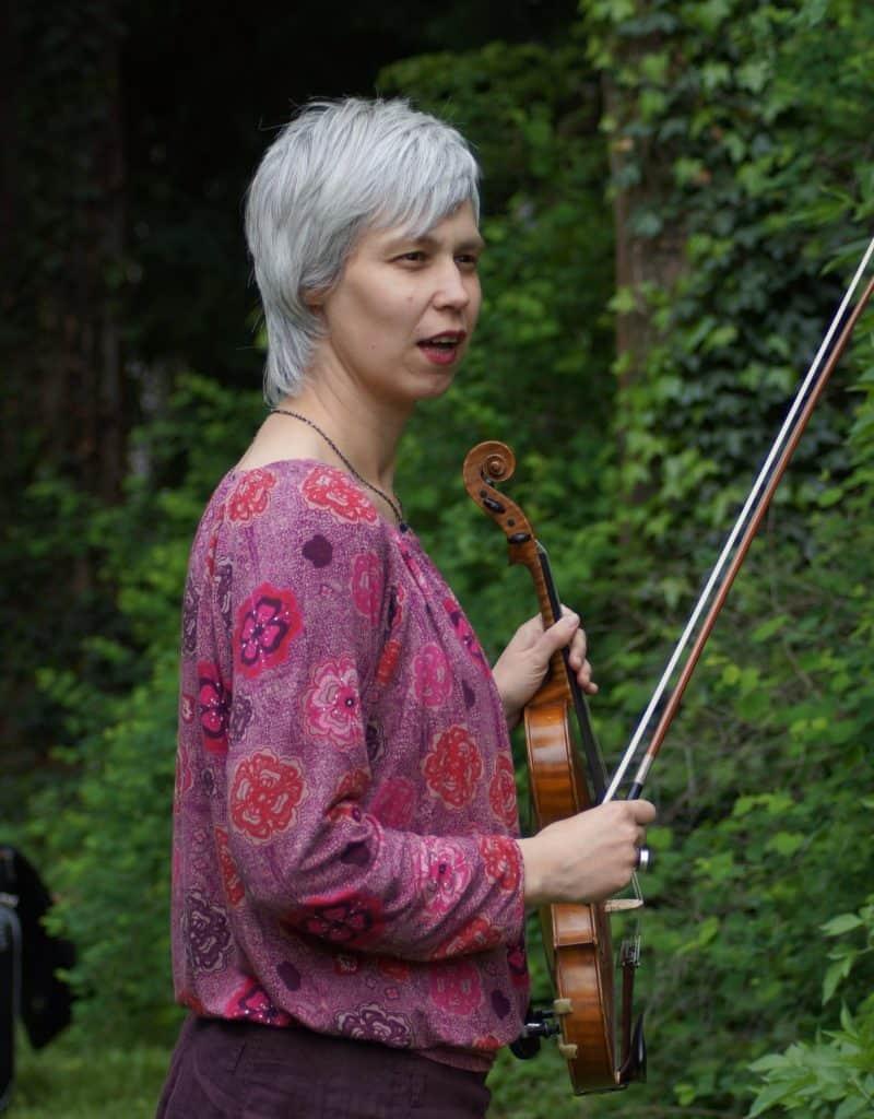 Musikschule mut | Bonn-Oberkassel | Clara Duncker: Leitung, Geige und Klavier